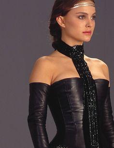 padme amidala hot | Padm-Naberrie-Amidala-Skywalker-padme-naberrie-amidala-skywalker ...