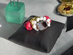 Mercadillo celebrado en #sevilla en el que participo macalar diseño de complementos únicos y tocados todo hecho a mano visita nuestra tienda www.artesanio.com/macalar #handmade #perlasderio #chic #boho #bisuteria #macalar