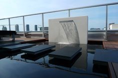 Outdoor penthouse terrace by Box Design Modern Water Feature, Modern Fountain, Water Features In The Garden, Water Element, Garden Architecture, Outdoor Projects, Building Design, Box Design, Outdoor Spaces