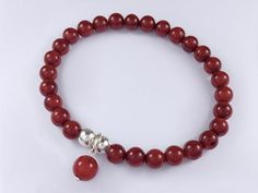 Stretch red coral beads bracelet