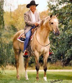 Hollywood Jac 86, Peyton & Mavericks great grand sire!  Gunny also has his bloodlines ;-)