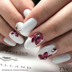 Beautiful nail art designs that are just too cute to resist. It's time to try out something new with your nail art. Elegant Nail Designs, Beautiful Nail Designs, Cute Nail Designs, Cute Nails, Pretty Nails, Hair And Nails, My Nails, Luxury Nails, Flower Nail Art