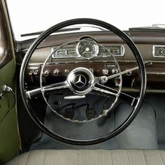 Travel with Style. Where would you like to go with this classic Mercedes-Benz? Classic Mercedes, Mercedes Benz Cars, Instagram And Snapchat, Dashboards, Amazing Cars, Vintage Cars, Cool Cars, Fighter Jets, Classic Cars