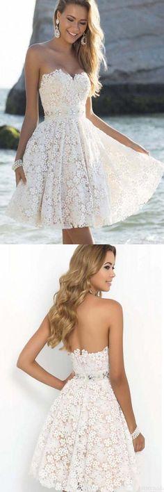 Elegant Sweatheart Knee Length Short White Homecoming Prom Dresses