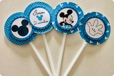 Festa Pronta – Mickey - Tuty - Arte & Mimos www.tuty.com.br Que tal usar esta inspiração para a próxima festa? Entre em contato com a gente! www.tuty.com.br #festa #personalizada #party #tuty #mickey #azul #blue #disney