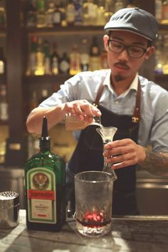 Samuel Kwok of Quinary Hong Kong. Probarbone + Barflow #ProBarBone #BarFlow #cocktails #mixology #bartender
