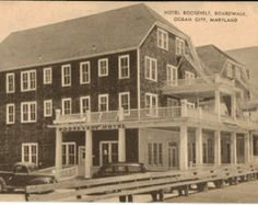 Old picture of a boardwalk motel