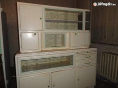 Retro konyhabútor Stacked Washer Dryer, Washer And Dryer, Wall Oven, Kitchen Appliances, Diy Kitchen Appliances, Home Appliances, Washing And Drying Machine, Kitchen Gadgets