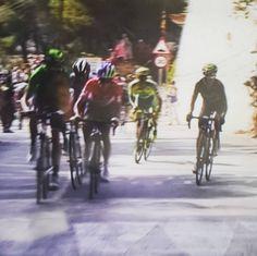 Vía @omargamboa Qué linda escena. Nairo y Chaves atacando en la punta. #fuerzacolombia cc @NairoQuinCo @estecharu