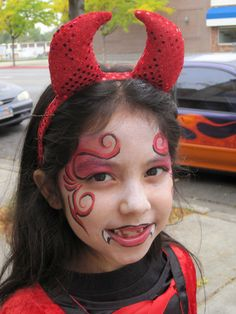 Cute Devil Halloween Makeup for Kids DIY Face Painting Ideas for KidsKids' Halloween Costume Makeup Devil Makeup Halloween, Halloween Makeup For Kids, Devil Halloween Costumes, Looks Halloween, Kids Makeup, Halloween Party, Halloween Face, Halloween 2017, Costume Vampire