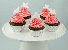 Dark Chocolate Cupcakes with Peppermint Marshmallow Cream Filling