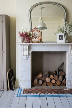 Fireplace with painted floorboards in front by Farrow & Ball Painted Floorboards, Painted Floors, Small Living Room Design, Living Room Designs, Living Spaces, Blue Floor Paint, Sol Pvc, Dado Rail, Fireplace Hearth