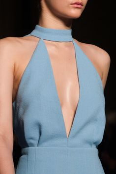miubui golden-versxce: Emilia Wickstead F/W // blue halter jumpsuit // runway. Would love in a different color Runway Fashion, High Fashion, Fashion Outfits, Womens Fashion, Fashion Tips, London Fashion, Winter Fashion, Prep Fashion, Korean Fashion
