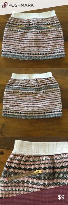 EUC Size 4T Genuine Kids Knit Skirt EUC Size 4T Genuine Kids knit skirt with gold zippers and gold flecked elastic waistband.  Only worn a few times and has visible signs of wear or any imperfections.  From smoke free/pet free home. Genuine Kids Bottoms Skirts