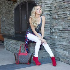 ootd The Haute Blonde- Fashion & Beauty Blog: Flannel Shirt & Ripped Jeans