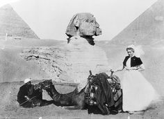 Sister Bessie Pocock, AANS (Australian Army Nursing Service), photographed in 1915 with a camel and its handler at the Sphinx and pyramids near Cairo, Egypt. Description from anzacsite.gov.au. I searched for this on bing.com/images