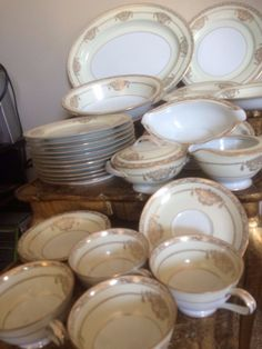 BEAUTIFUL GOLD TRIM 94 PC NORITAKI JAPAN BANCROFT CHINA GOLD FOR 12 EXC COND picclick.com