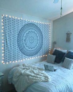 35 Individuation Dorm Room Ideas You Can Copy - Septor Planet Teen Bedroom Designs, Room Ideas Bedroom, Girls Bedroom, Bedroom Decor, Blue Bedrooms, Girl Rooms, Dorm Tapestry, Tapestry Bedroom, Blue Tapestry