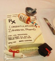 Sugarcube - Roselle, IL, United States. Pharmacy School graduation cake
