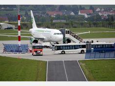 Erster regulärer Flug nach der Winterpause am Flughafen Kassel-Calden