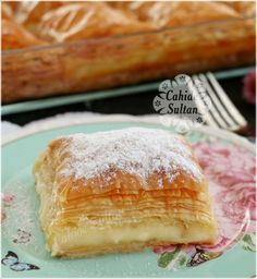 Turkish Sweets, Cupcakes, Turkish Recipes, Iftar, Beautiful Cakes, Bon Appetit, Bread Recipes, Dinner Recipes, Food And Drink