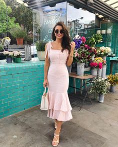 Fashion Dresses Love this pretty pink sundress with cutest tiered ruffled hem. Girly Outfits, Classy Outfits, Chic Outfits, Spring Outfits, Trendy Outfits, Dress Outfits, Fashion Dresses, Dress Up, Cute Dresses