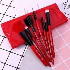 O TWO O 7pcs set Eyeshadow Eye Primer Powder Blush Brush Cosmetic Brush Kit