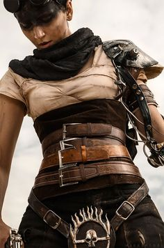 Awesome Mad Max Cosplay Dies, Lives Again