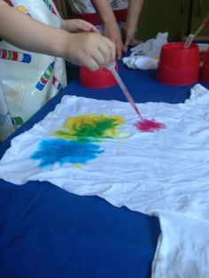 Tie dying with toddlers - getting started
