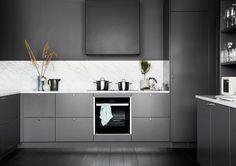 Beautiful Interior Design, Interior Design Inspiration, Room Interior, Interior Design Living Room, Kitchen Furniture, Kitchen Dining, Dark Grey Kitchen, Small Space Kitchen, Cool Kitchens
