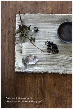 刷毛目板皿 : なづな雑記