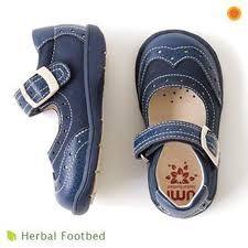 Afbeeldingsresultaat voor little girl shoes