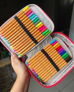 The video consists of 23 Christmas craft ideas. Stationary Store, Stationary School, Cute Stationary, School Stationery, School Suplies, Cute School Supplies, Too Cool For School, Gel Pens, Diy Crafts To Sell