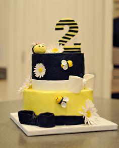 Birthday Bumble Bee Cake