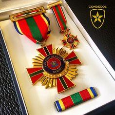 Medalla Alcaldía San Juan de Pasto. Departamento de Nariño. Colombia.