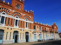 Media fachada, Estación de Ferrocarril.