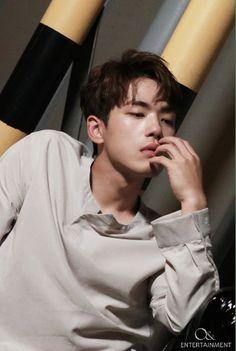 Kim Jung-Hyun, an interesting man who plays an even more fascinating character Goo Seung Joon in Crash Landing on You. Kim Joong Hyun, Ahn Jae Hyun, Jung Hyun, Song Hye Kyo, Song Joong Ki, Drama Korea, Korean Drama, Asian Actors, Korean Actors