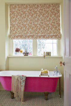 Take a tip from textile designer Pearl Lowe and cover a free-standing bath in luscious, hot pink velvet Pearl Lowe, Vivid Colors, Colours, Bathroom Interior, Bathroom Ideas, Color Combinations, Pretty In Pink, Sweet Home, Standing Bath