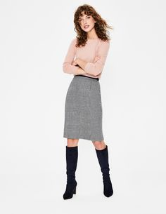 British Tweed Pencil Skirt Suits at Boden Tweed Pencil Skirt, Brunch, Autumn Fashion 2018, Gray Skirt, Navy Women, Everyday Look, Work Wear, Fall Outfits, Midi Skirt
