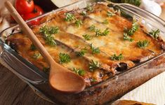 Moussaka Légère et Facile WW Healthy Eating Tips, Healthy Nutrition, Plats Weight Watchers, Beef Recipes, Healthy Recipes, Vegetable Drinks, Mushroom Recipes, Easy Cooking, Food Hacks