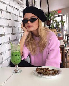 1,169 vind-ik-leuks, 28 reacties - @melizannebergeron op Instagram: 'Feels good to be back in my home town  #matcha'