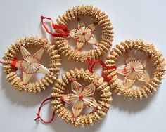 Vintage Star Christmas Straw Ornaments. Set of 4 Winter Decorations Shabby Chic Cottage Rustic Traditional Handmade Holiday Farmhouse Red
