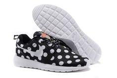 Nike Roshe Run NM City QS (New York City Pack Polka Dot Black)