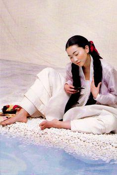 Hanboks of Vogue Korea