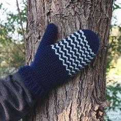 Little Peaks Mittens   Free Crochet Pattern