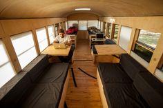Proyecto de Tesis transforma un bus escolar en una micro-casa