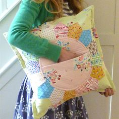 Petal Pocket  Pillow Pocket pattern