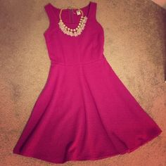 Old Navy magenta dress Re-poshing as this beautiful dress, sadly, didn't fit me! Both the original owner and I only wore once to try on. NWOT and perfect condition. I love this dress! Old Navy Dresses