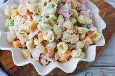 Macaroni Salad With Ham and Cheese - BubbaPie Macaroni Salad With Ham, Ham And Cheese Pasta, Ham Pasta, Pasta Dishes, Summertime Salads, Summer Salads, Baked Red Potatoes, Korean Sweet Potato, Ham Salad Recipes