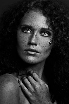 Photographer: Tamara Specht Model: Janina Steiner